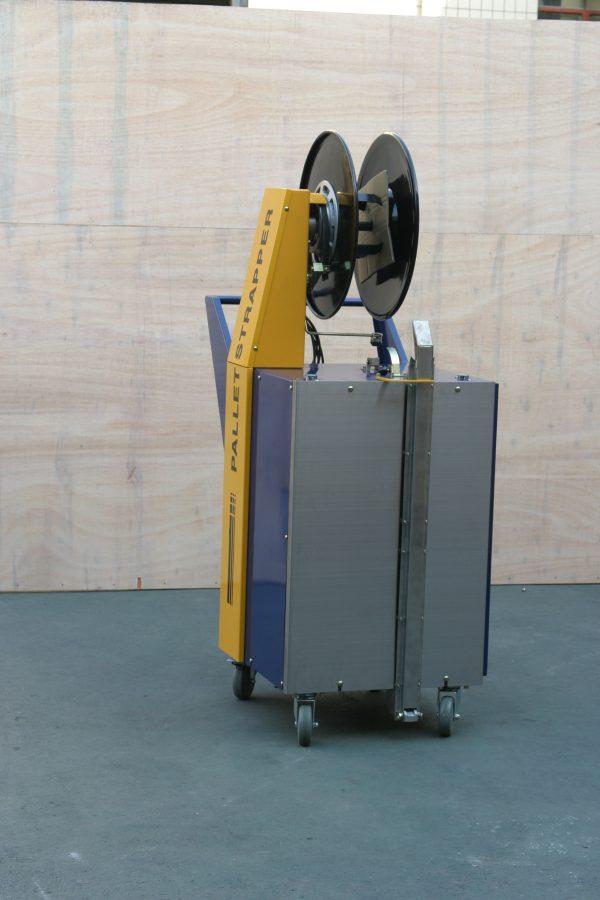 batterystrapping.com-COMBO-Macchina-per-reggiatura-pallet-semi-automatica-economico