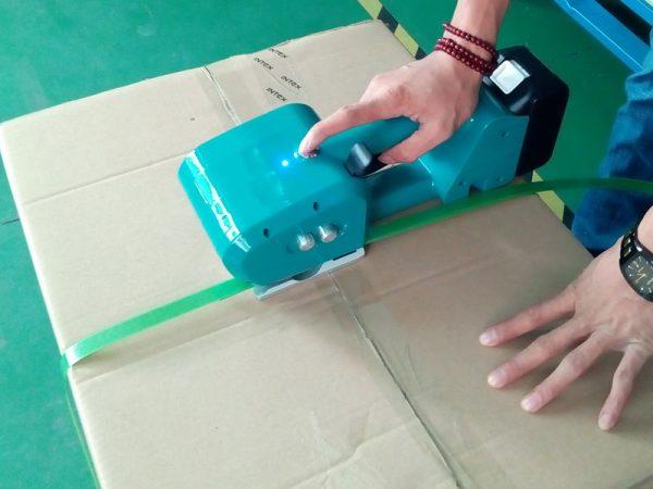 reggiatrice-batteria-NEO-9-16mm-PET-PP-Acquista